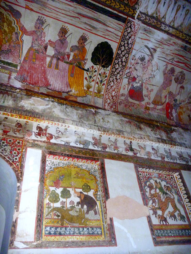 Scenes from the Ramayana in the Raja Mahal, Orchha